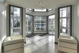 Photo 4: 410 924 ESQUIMALT Road in VICTORIA: Es Old Esquimalt Condo Apartment for sale (Esquimalt)  : MLS®# 387294