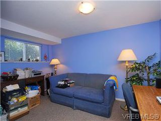 Photo 3: 1679 Richardson Street in VICTORIA: Vi Fairfield West Residential for sale (Victoria)  : MLS®# 297916