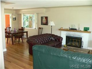 Photo 14: 1679 Richardson Street in VICTORIA: Vi Fairfield West Residential for sale (Victoria)  : MLS®# 297916