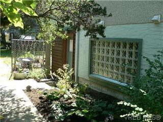 Photo 13: 1679 Richardson Street in VICTORIA: Vi Fairfield West Residential for sale (Victoria)  : MLS®# 297916