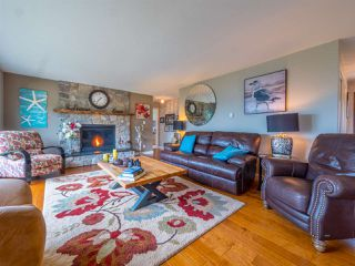 Photo 4: 9199 REGAL Road in Sechelt: Halfmn Bay Secret Cv Redroofs House for sale (Sunshine Coast)  : MLS®# R2252875