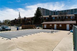 Photo 16: 202 1736 Henderson Highway in Winnipeg: North Kildonan Condominium for sale (3G)  : MLS®# 1812365