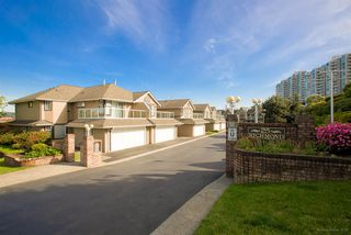"Photo 19: 104 25 RICHMOND Street in New Westminster: Fraserview NW Condo for sale in ""FRASERVIEW"" : MLS®# R2269119"