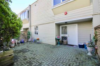 Photo 15: 3936 HASTINGS Street in Burnaby: Willingdon Heights Townhouse for sale (Burnaby North)  : MLS®# R2277662