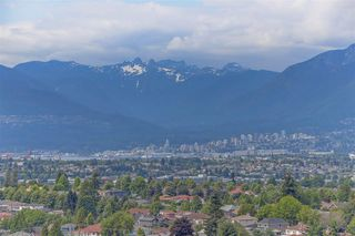 "Photo 2: 3007 5470 ORMIDALE Street in Vancouver: Collingwood VE Condo for sale in ""Wall Centre Central Park Tower 3"" (Vancouver East)  : MLS®# R2285151"