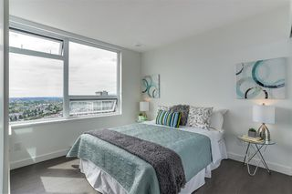 "Photo 11: 3007 5470 ORMIDALE Street in Vancouver: Collingwood VE Condo for sale in ""Wall Centre Central Park Tower 3"" (Vancouver East)  : MLS®# R2285151"