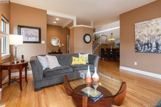 Photo 6: 87 530 Marsett Place in VICTORIA: SW Royal Oak Townhouse for sale (Saanich West)  : MLS®# 395075