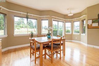 Photo 11: 87 530 Marsett Place in VICTORIA: SW Royal Oak Townhouse for sale (Saanich West)  : MLS®# 395075