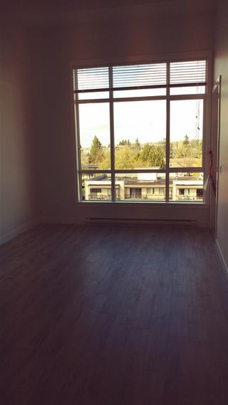 "Photo 4: 516 5638 201A Street in Langley: Langley City Condo for sale in ""THE CIVIC"" : MLS®# R2315119"
