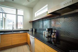 Photo 3: 602 732 Broughton St in VICTORIA: Vi Downtown Condo Apartment for sale (Victoria)  : MLS®# 800065