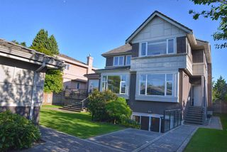 Photo 17: 1369 W 51ST Avenue in Vancouver: South Granville House for sale (Vancouver West)  : MLS®# R2330313
