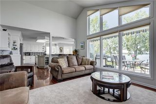 Photo 5: 587 EAST CHESTERMERE Drive: Chestermere Detached for sale : MLS®# C4223435