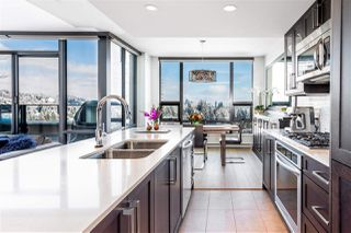 """Photo 4: 2005 301 CAPILANO Road in Port Moody: Port Moody Centre Condo for sale in """"THE RESIDENCES"""" : MLS®# R2341767"""