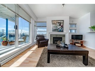 "Photo 5: 207 1990 SE KENT Avenue in Vancouver: VVESM Condo for sale in ""Harbour House at Tugboat Landing"" (Vancouver East)  : MLS®# R2345150"