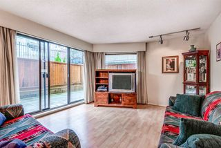 """Photo 3: 106 1585 E 4TH Avenue in Vancouver: Grandview Woodland Condo for sale in """"ALPINE PLACE"""" (Vancouver East)  : MLS®# R2345574"""