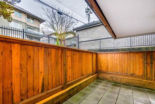 """Photo 13: 106 1585 E 4TH Avenue in Vancouver: Grandview Woodland Condo for sale in """"ALPINE PLACE"""" (Vancouver East)  : MLS®# R2345574"""