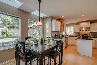 """Photo 13: 2340 140A Street in Surrey: Sunnyside Park Surrey House for sale in """"FOREST EDGE"""" (South Surrey White Rock)  : MLS®# R2346515"""