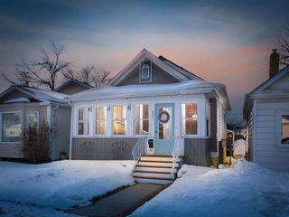 Photo 1: 266 Parkview Street in Winnipeg: St James Residential for sale (5E)  : MLS®# 1906005