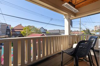 """Photo 7: 1132 E PENDER Street in Vancouver: Mount Pleasant VE Townhouse for sale in """"Strathcona Gardens"""" (Vancouver East)  : MLS®# R2364679"""
