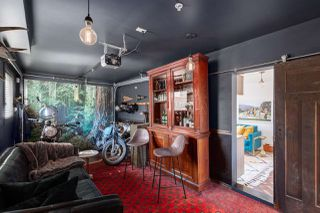 """Photo 13: 1132 E PENDER Street in Vancouver: Mount Pleasant VE Townhouse for sale in """"Strathcona Gardens"""" (Vancouver East)  : MLS®# R2364679"""