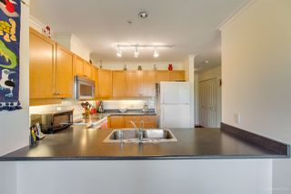 Photo 10: 407 38 SEVENTH Avenue in New Westminster: GlenBrooke North Condo for sale : MLS®# R2367474