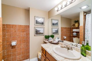 "Photo 10: 202 1424 MARTIN Street: White Rock Condo for sale in ""The Patrician"" (South Surrey White Rock)  : MLS®# R2367423"