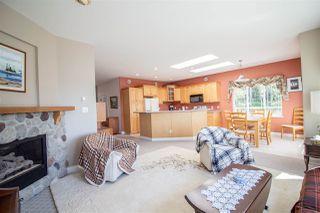 Photo 8: 6150 MIKA Road in Sechelt: Sechelt District House for sale (Sunshine Coast)  : MLS®# R2367722
