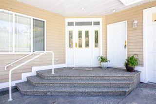 Photo 3: 6150 MIKA Road in Sechelt: Sechelt District House for sale (Sunshine Coast)  : MLS®# R2367722
