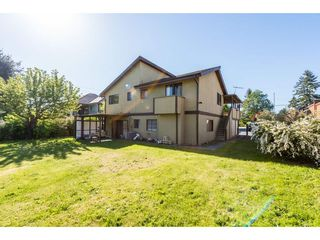 Photo 2: 15575 20 Avenue in Surrey: King George Corridor House for sale (South Surrey White Rock)  : MLS®# R2368522