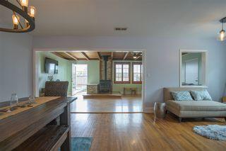 Photo 9: DEL CERRO House for sale : 3 bedrooms : 6366 Delbarton St in San Diego