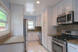 Photo 5: DEL CERRO House for sale : 3 bedrooms : 6366 Delbarton St in San Diego