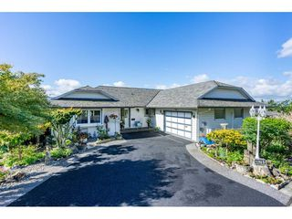 "Photo 1: 35788 CANTERBURY Avenue in Abbotsford: Abbotsford East House for sale in ""sumas mountain"" : MLS®# R2376729"