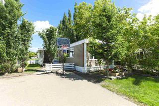 Photo 1: 1604 West Royal Place Road NW in Edmonton: Zone 59 Mobile for sale : MLS®# E4161317