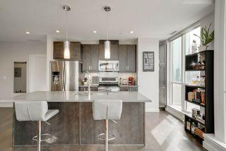 Photo 6: 1507 10238 103 Street in Edmonton: Zone 12 Condo for sale : MLS®# E4163656
