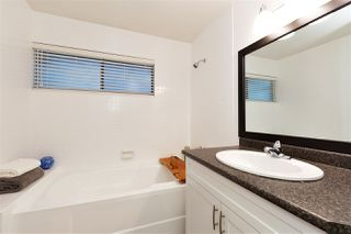 "Photo 13: 5870 MAYVIEW Circle in Burnaby: Burnaby Lake Townhouse for sale in ""ONE ARBOURLANE"" (Burnaby South)  : MLS®# R2386457"