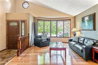 Photo 5: 84 SANDERLING NW in Calgary: Sandstone Valley Detached for sale : MLS®# C4256484