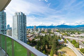 "Photo 8: 2205 6638 DUNBLANE Avenue in Burnaby: Metrotown Condo for sale in ""MIDORI"" (Burnaby South)  : MLS®# R2393577"