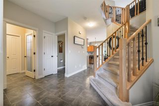 Photo 3: 14 DANFIELD Place: Spruce Grove House for sale : MLS®# E4168387