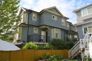 Photo 1: 2168 FRANKLIN STREET in Vancouver: Hastings Townhouse for sale (Vancouver East)  : MLS®# R2382704
