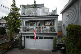 Photo 2: 990 KEIL ST: White Rock House for sale (South Surrey White Rock)  : MLS®# F1409705