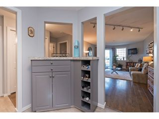 """Photo 3: 116 31771 PEARDONVILLE Road in Abbotsford: Abbotsford West Condo for sale in """"Breckenridge Estates"""" : MLS®# R2423655"""