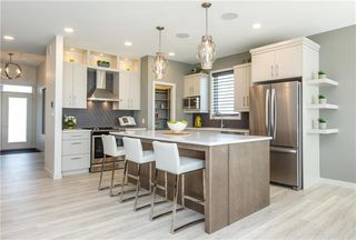 Photo 4: 92 Creemans Crescent in Winnipeg: Residential for sale (1H)  : MLS®# 202002912