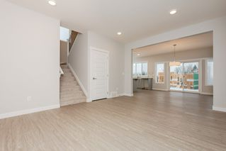 Photo 5: 15607 15 Avenue in Edmonton: Zone 56 House for sale : MLS®# E4191807