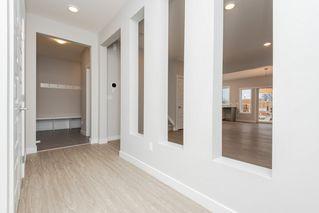 Photo 3: 15607 15 Avenue in Edmonton: Zone 56 House for sale : MLS®# E4191807