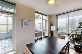"""Photo 4: 904 1133 HOMER Street in Vancouver: Yaletown Condo for sale in """"H&H"""" (Vancouver West)  : MLS®# R2452067"""
