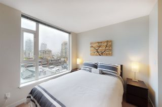 """Photo 5: 904 1133 HOMER Street in Vancouver: Yaletown Condo for sale in """"H&H"""" (Vancouver West)  : MLS®# R2452067"""