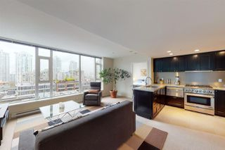 """Photo 2: 904 1133 HOMER Street in Vancouver: Yaletown Condo for sale in """"H&H"""" (Vancouver West)  : MLS®# R2452067"""