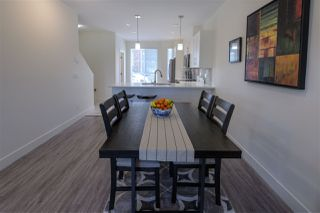 """Photo 8: 5 9989 240A Street in Maple Ridge: Albion Townhouse for sale in """"ALBION CROSSING"""" : MLS®# R2454131"""