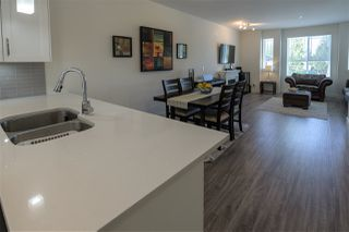 """Photo 10: 5 9989 240A Street in Maple Ridge: Albion Townhouse for sale in """"ALBION CROSSING"""" : MLS®# R2454131"""