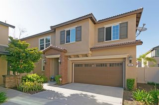Photo 1: SAN MARCOS House for sale : 3 bedrooms : 540 Moonlight Drive